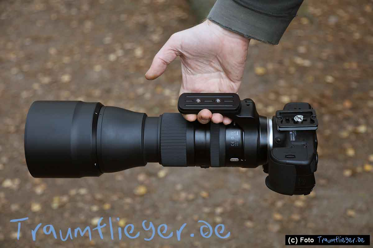 Tamron Sp 150 600mm 5 63 Di Vc Usd G2 Im Test F For Canon Ef Zwar Lsst Sich Das Noch Recht Entspannt An Der Stativschelle Tragen Aber Htte Hier Fingermulden Einlassen Drfen Was Den Komfort Erhht